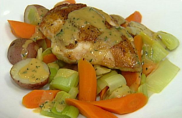 Пилешки гърди с праз
