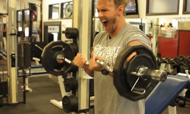 Недоразбрани упражнения: бицепсово сгъване с щанга (II част)