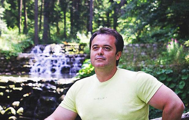 Интервю с Владимир Караиванов
