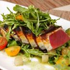 Салати с риба и морски деликатеси
