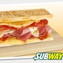 Subway сандвич с пушена шунка, салам и кашкавал