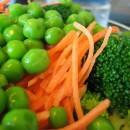 Грах и моркови